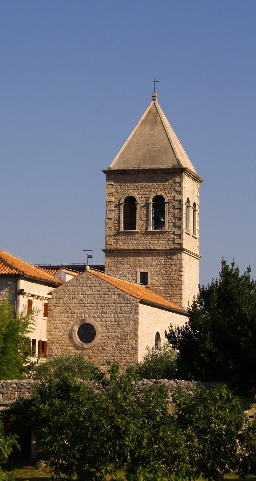 cerkev_novigrad