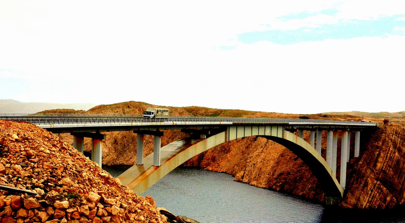 Paški most.