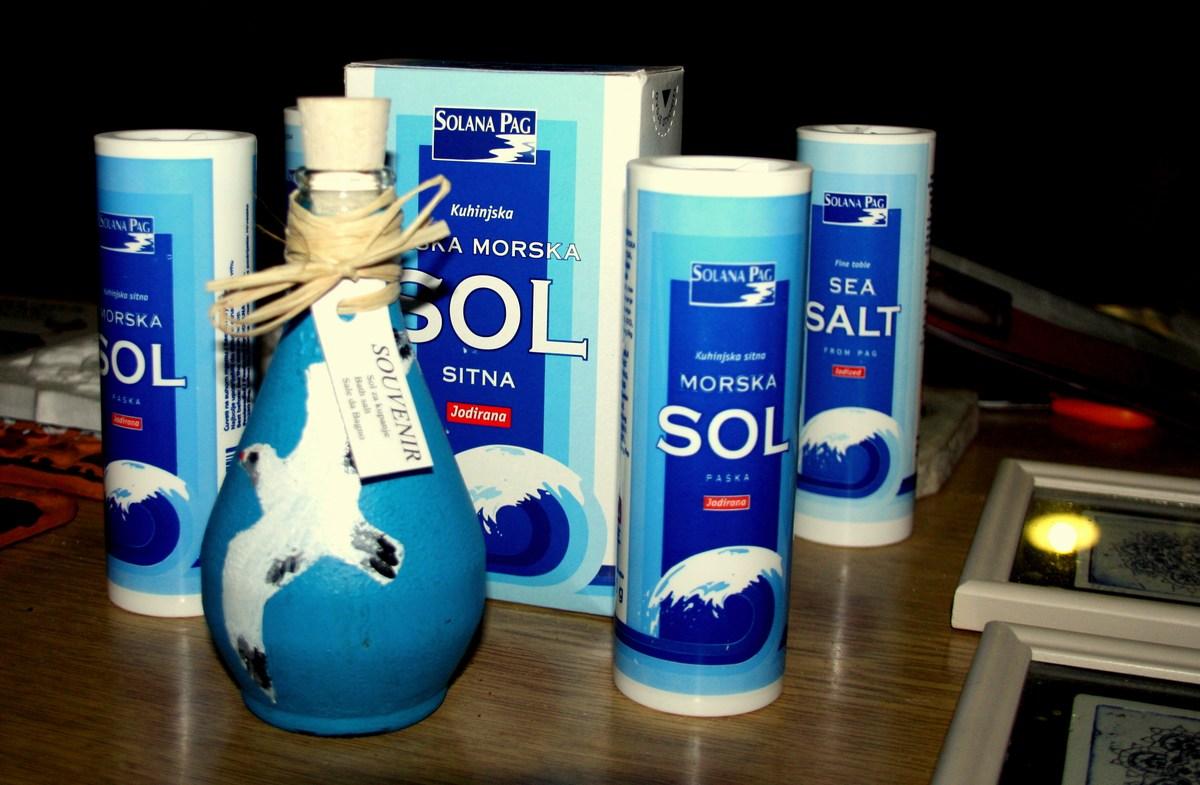 Paška sol. Jo najdemo tudi v slovenskih trgovinah.