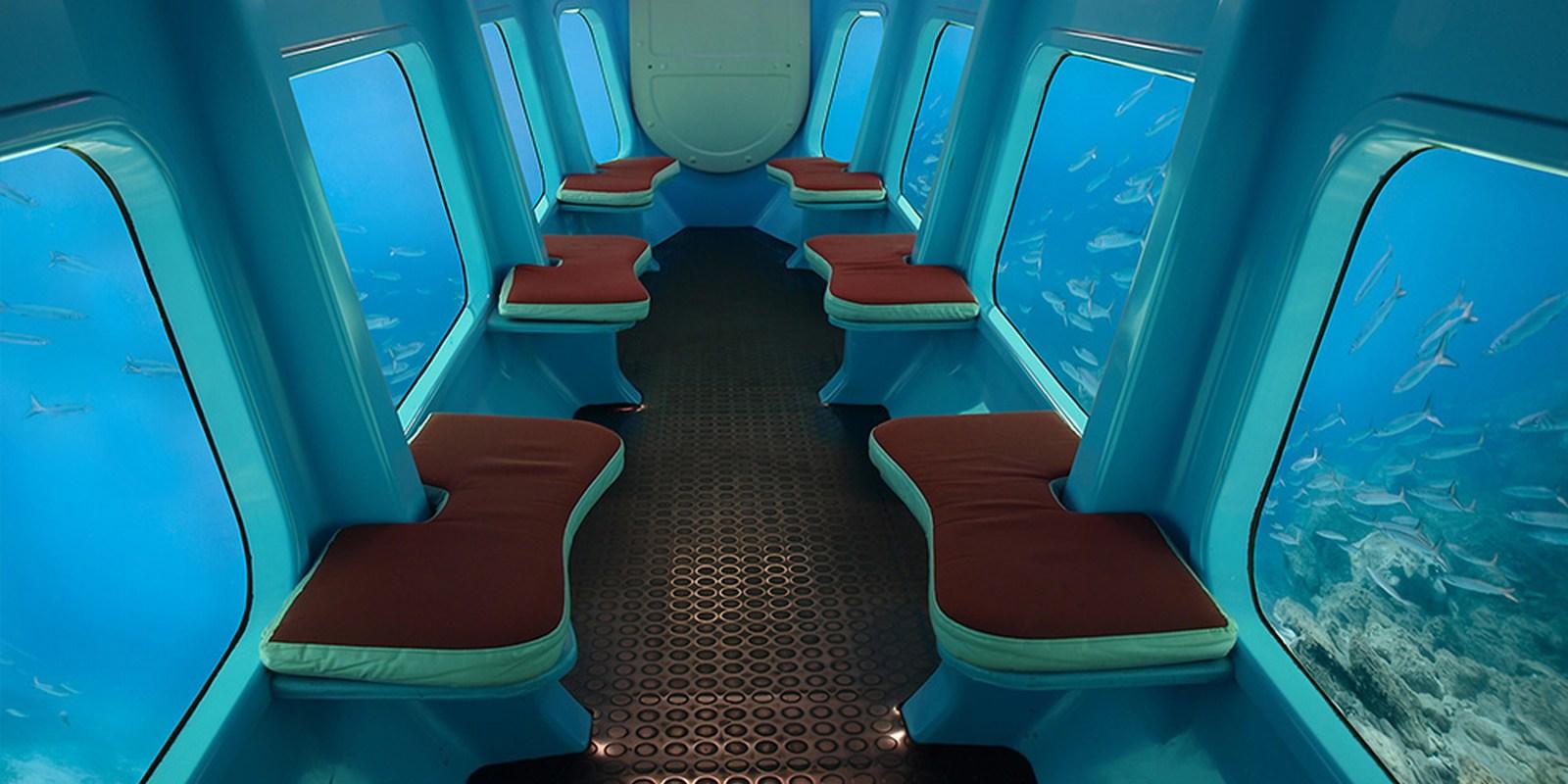 Tako pa izgleda notranjost polpodmornice.
