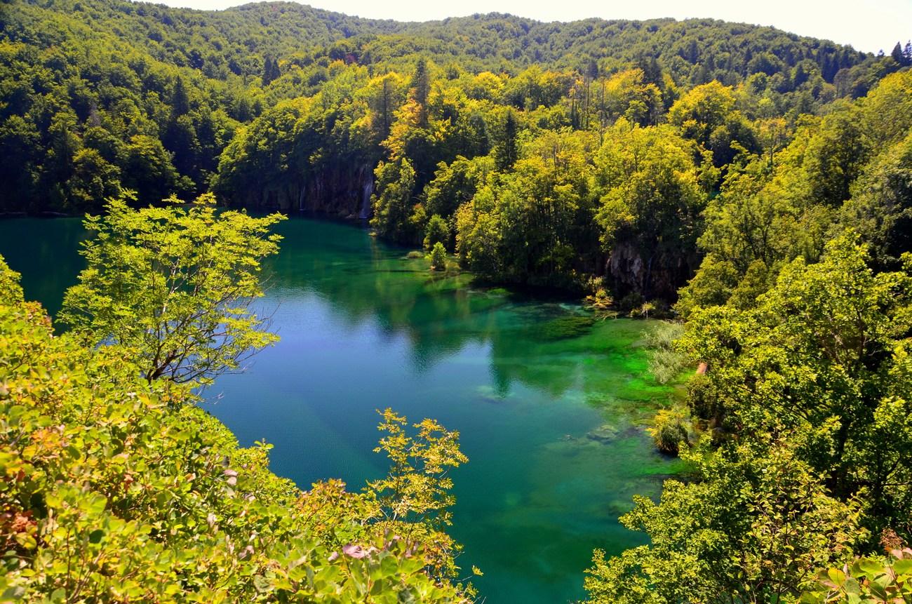 Dolnja jezera so: Milanovac, Gavanovac, Kaluđerovac i Novakovića Brod
