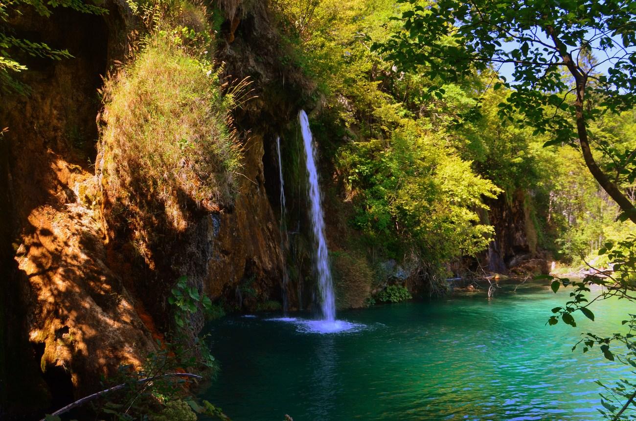 Plitvička jezera so najstarejši hrvaški nacionalni park.