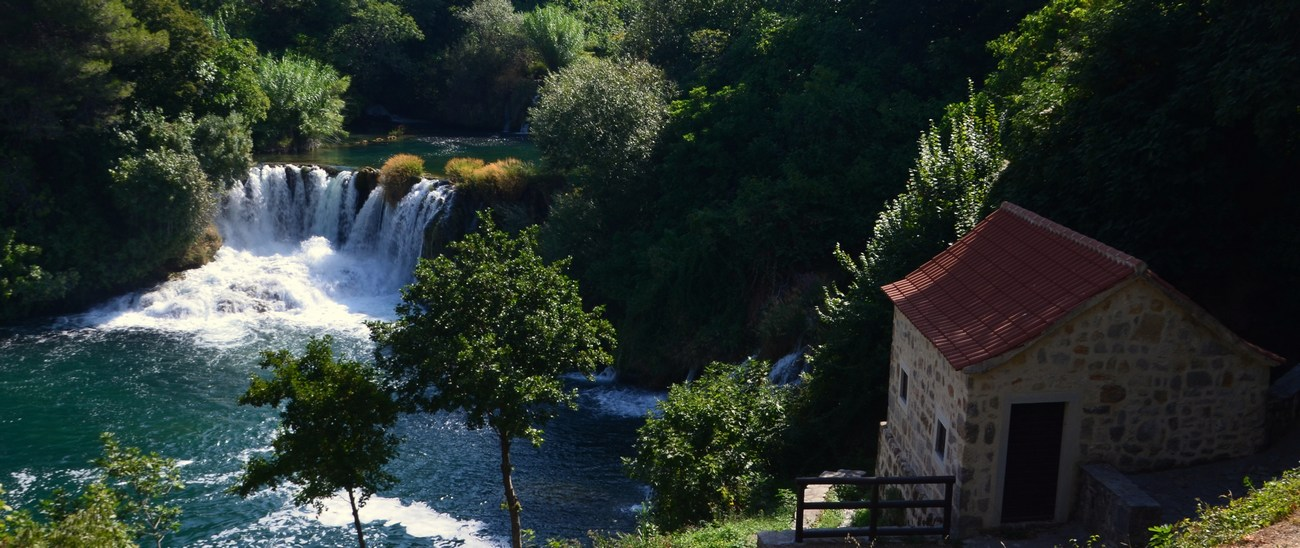 Tudi kakšen mlin, seveda, se najde ob reki ...