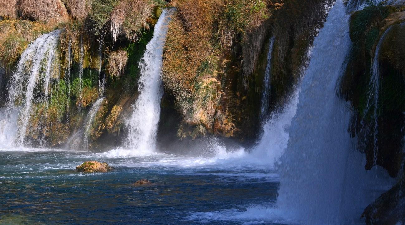 Pomembnejši pritoki Krke so: Kršić, Kosovičica, Orašnica, Butišnica in Čikola