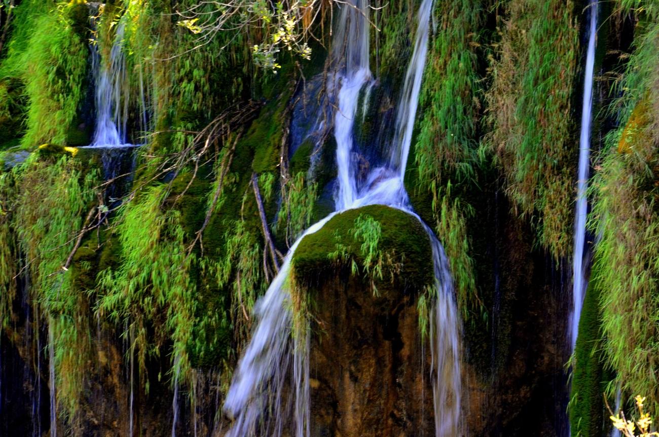 Po legendi so Plitvička jezera nastala po veliki suši.