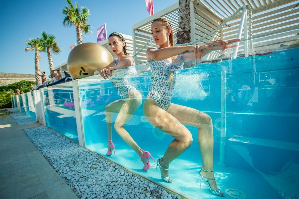 dekleta_aquarius