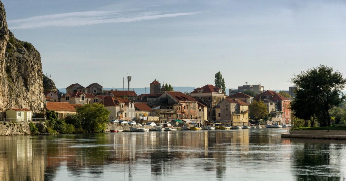 Gusarje je skorajda dve stoletji vodila knežja družina Kačić.