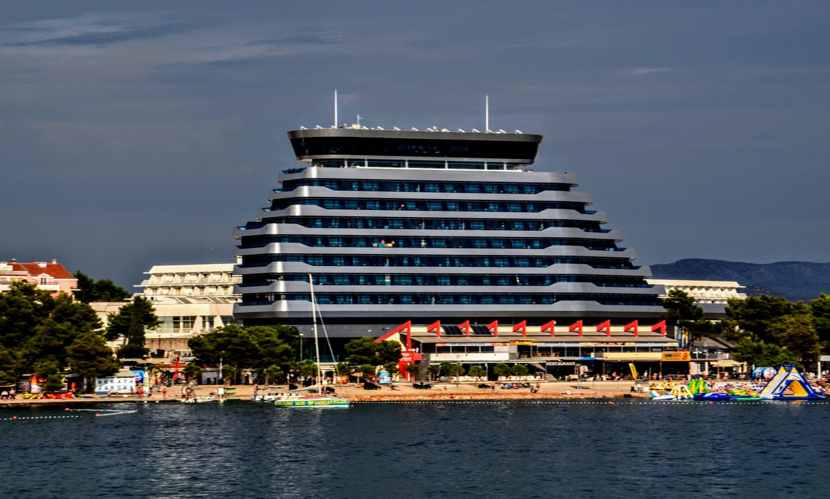 Hotel Olimpia Sky v Vodicah