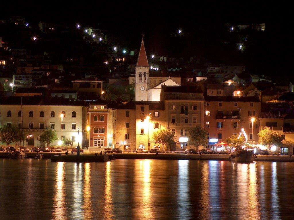 Makarska noću - boris turina