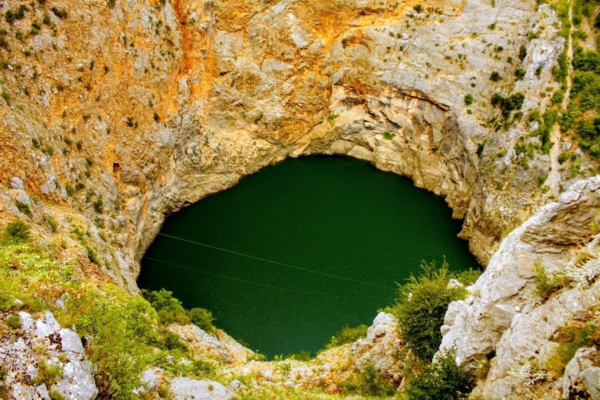 Mistično jezero