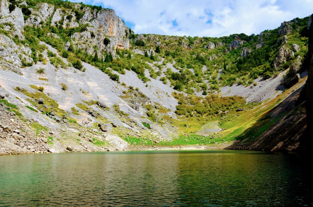 Modro jezero je čudovito