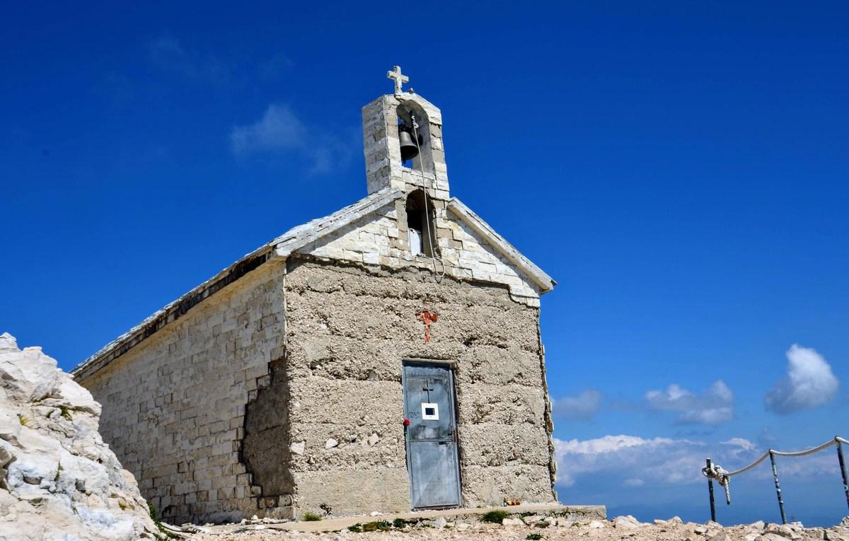 Najvišje ležeča cerkev na Hrvaškem. Se mi zdi. :-)