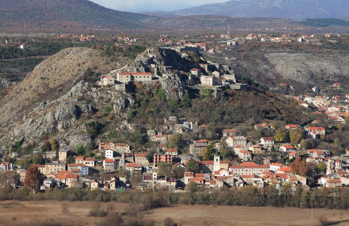 Del Knina s trdnjavo