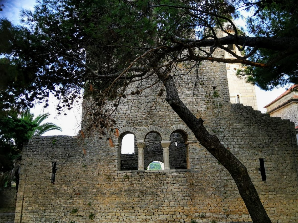 Bazilika, cerkev