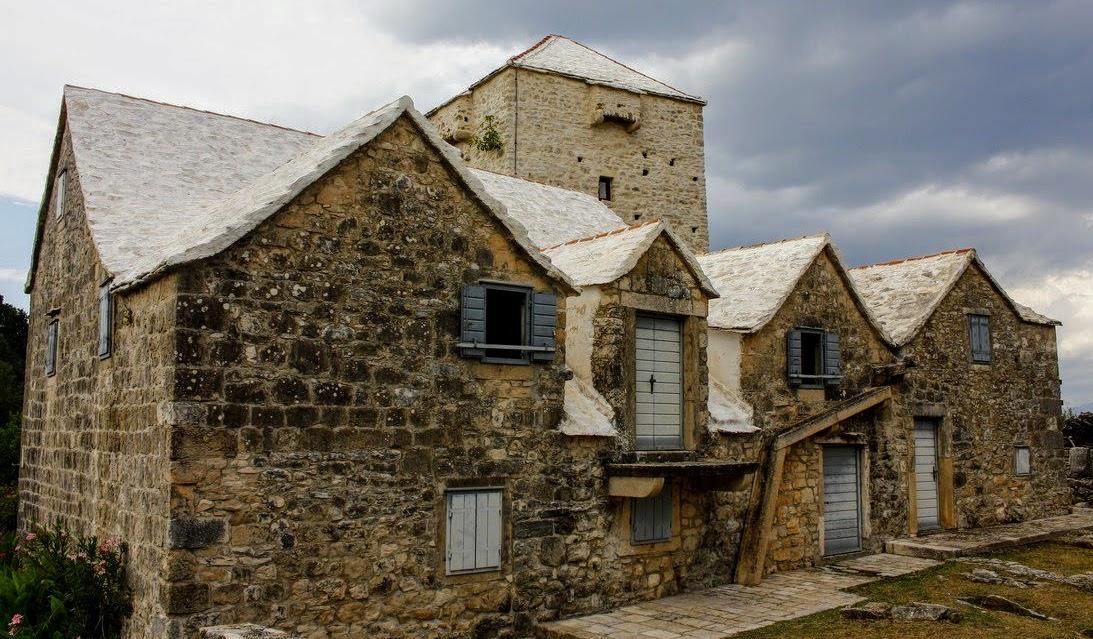 Lep je muzej otoka Brača