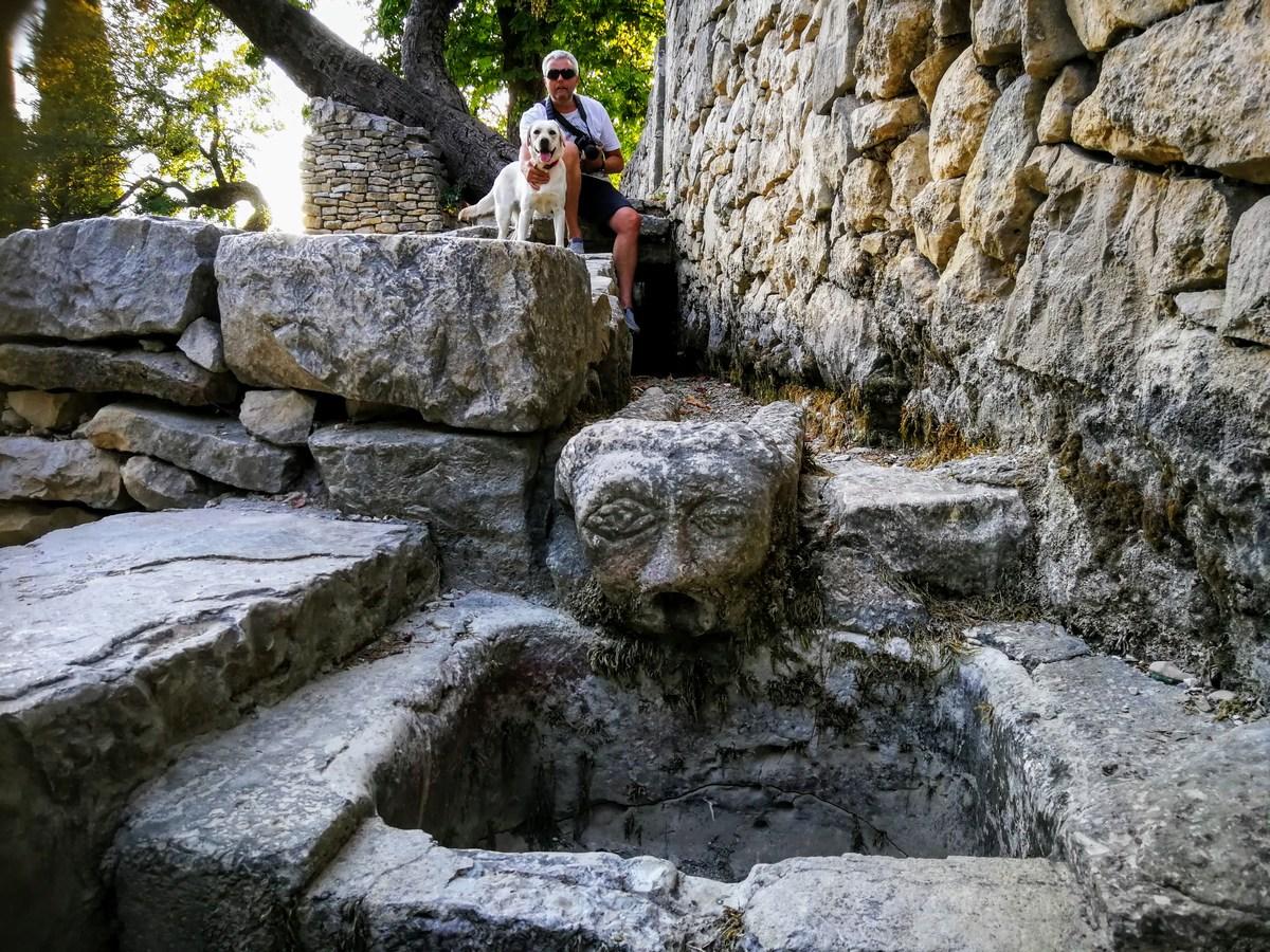 Umetnina v kamnu
