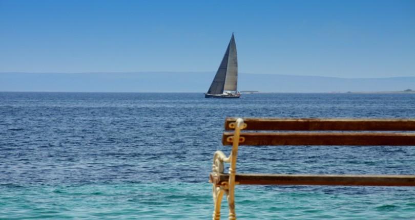Otok Pag, otok sira, kamna in burje