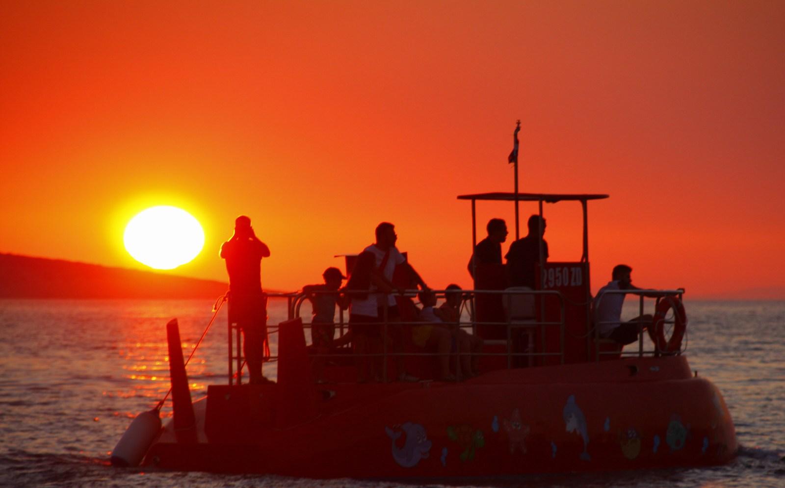 """Kolikor smo zasledili v hrvaških medijih je cena manjšega plovila 110 tisoč evrov. Pa tudi, da se ta strošek povrne že v """"kratkem času""""."""