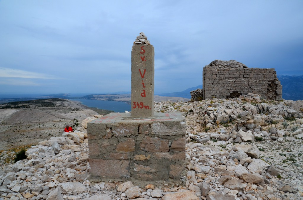 Sv. Vid – najvišji vrh otoka Paga
