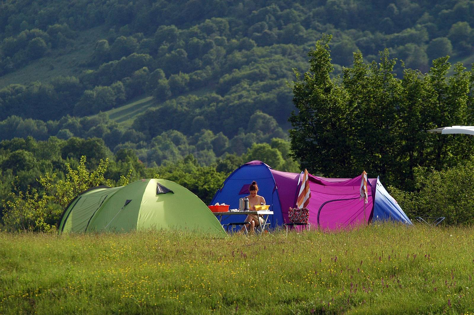 Velebit. To pomeni biti v naravi. Velebit. To pomeni živeti z naravo. Foto: HTZ in Stipe Surać.