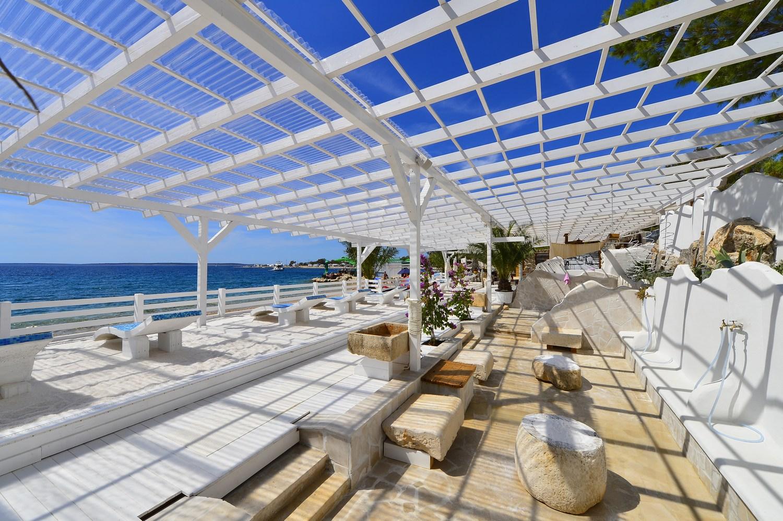 Lepotni center Šimuni ob obali Zlate plaže je popoln kraj za sproščanje.