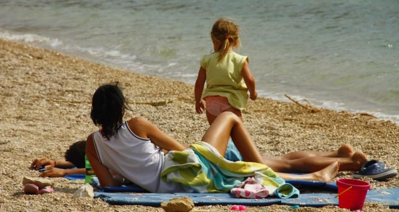 Otroci in morje