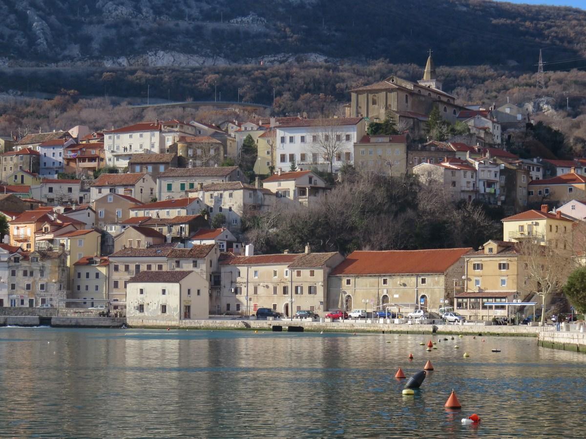 Morje in mesto