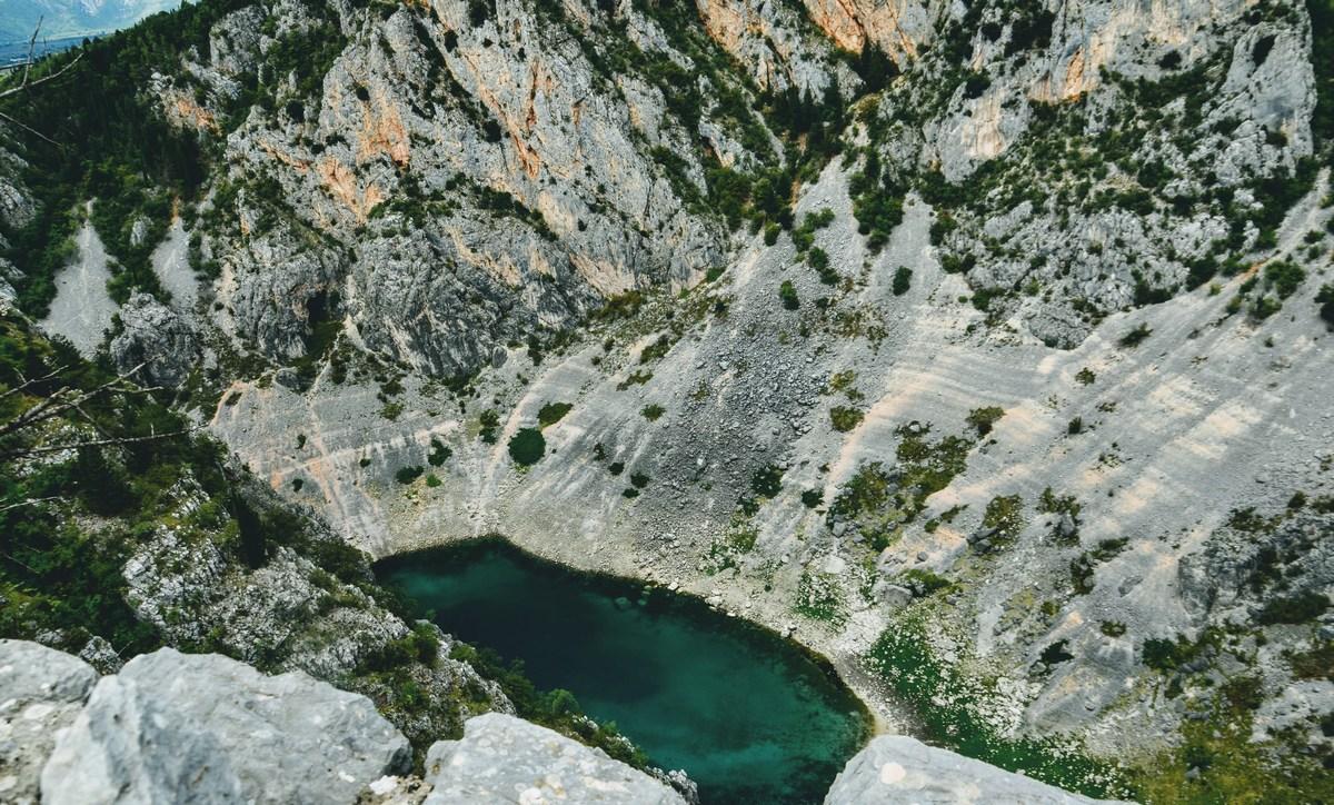 Modro jezero si zasluži ogled