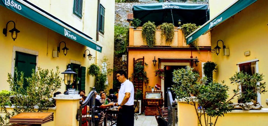 V Skradinu je polno restavracij