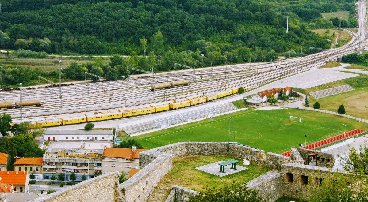 Knin je znano železniško vozlišče
