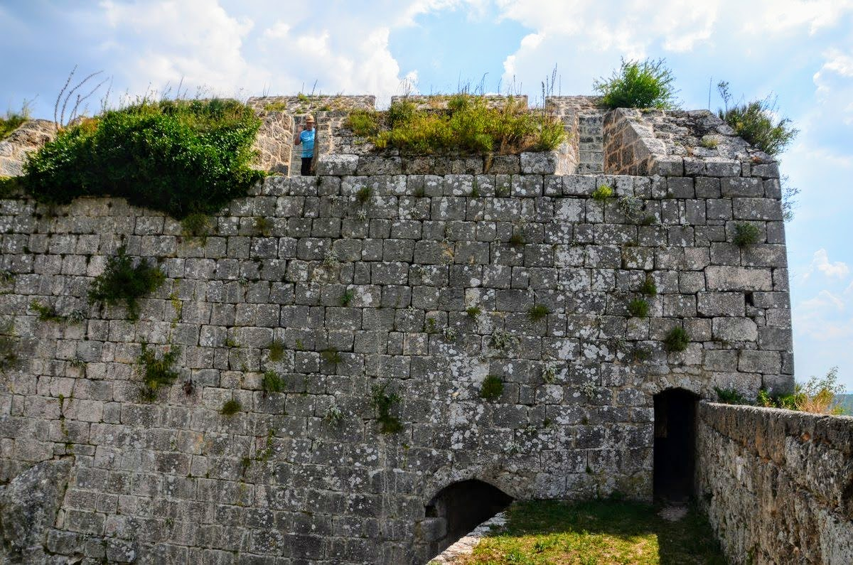 Raziskovanje kninske trdnjave