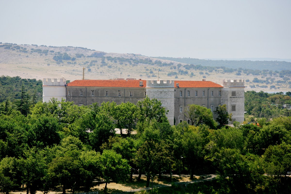 Dvorec Nova Kraljevica