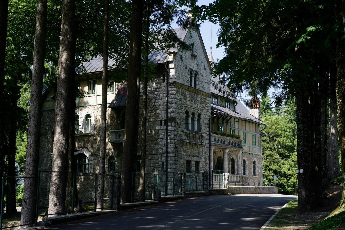 Dvorec Stara Sušica