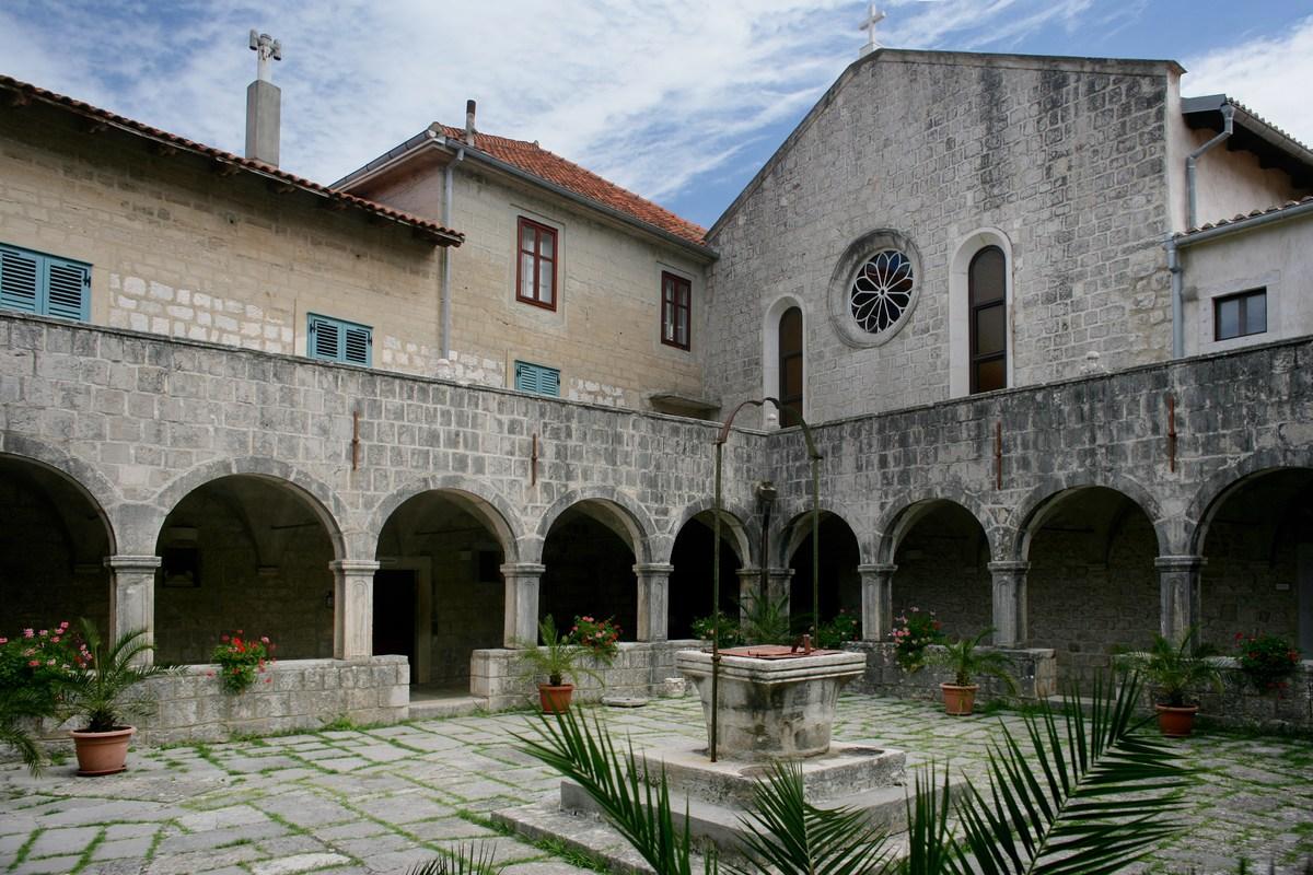 Samostan v Košljunu