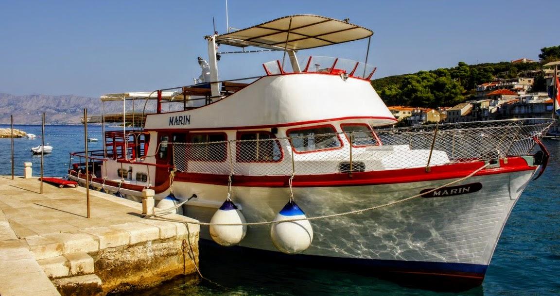 Turistična ladjica Marin