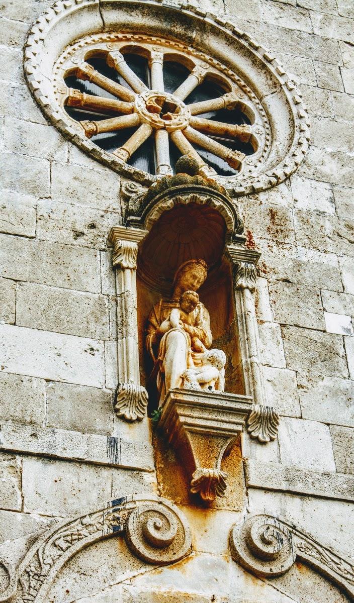 Detajl na cerkvi