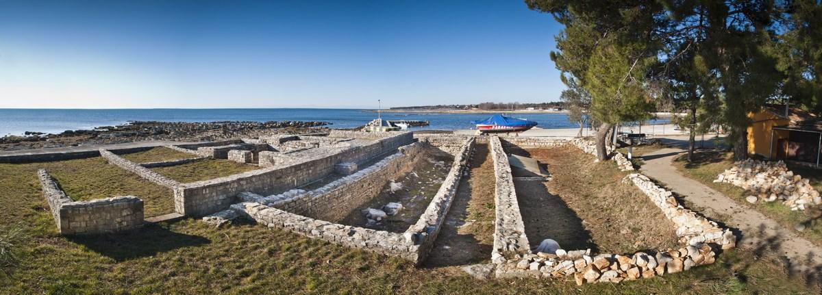 Arheologija in zidovi