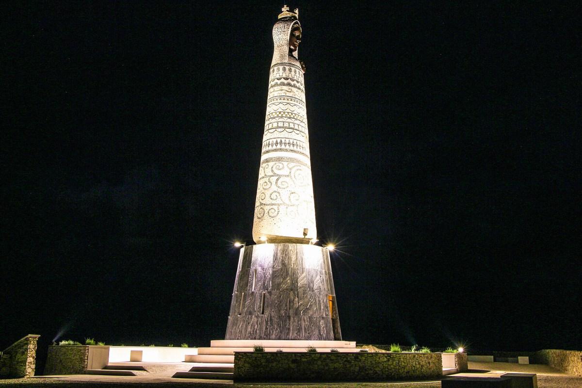 Kip je lepo osvetljen