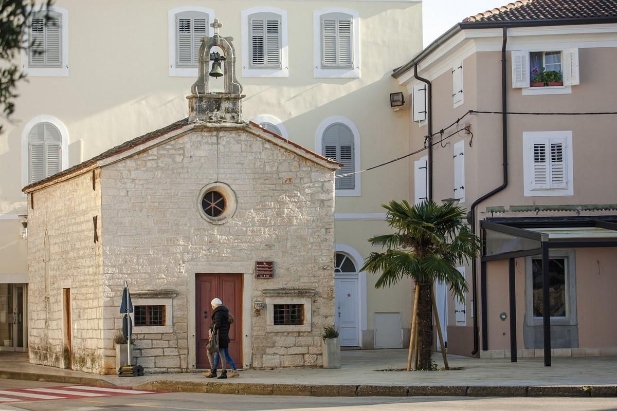 Mini cerkvica