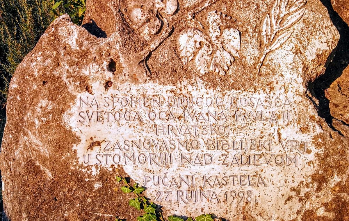 Spomin na papežev obisk Dalmacije