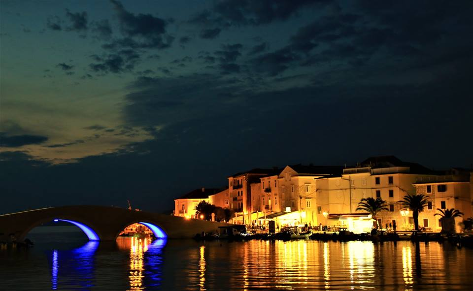 Nočna panorama