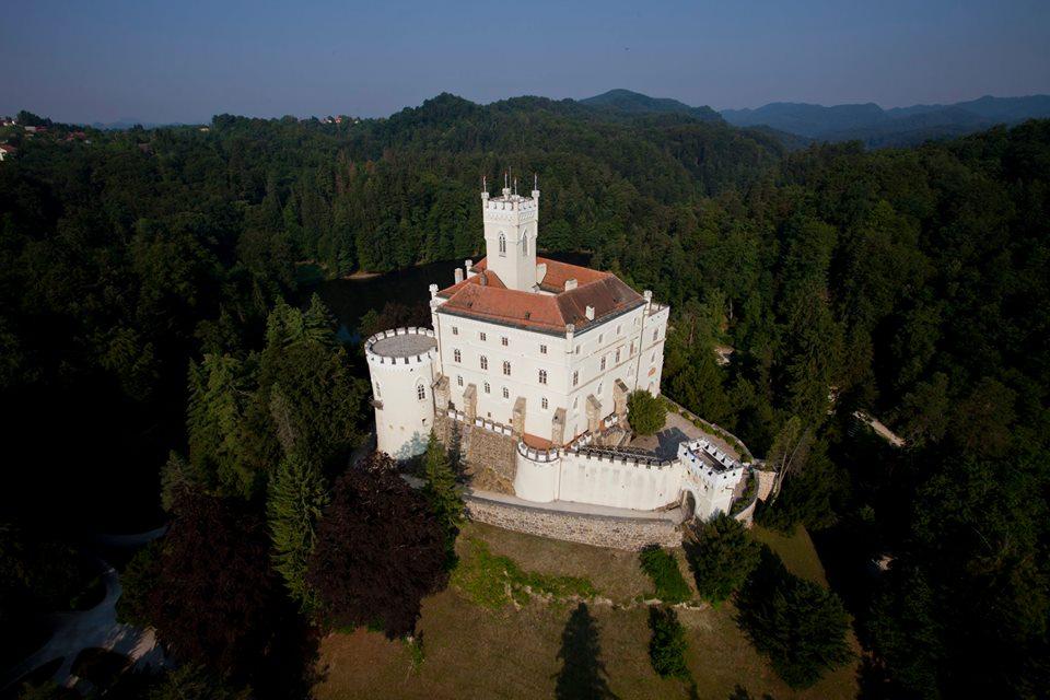 Dvorec je čudovit