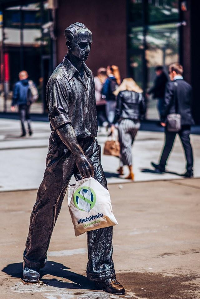 Šetač, fotografija Alen Večanin, Greenpeace