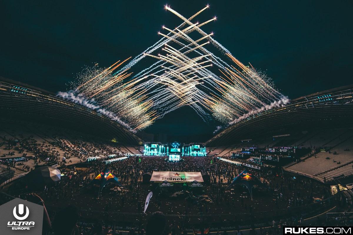 Noč v Splitu