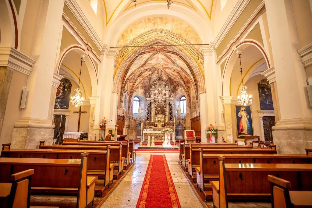 Notranjost cerkve svetega Nikole