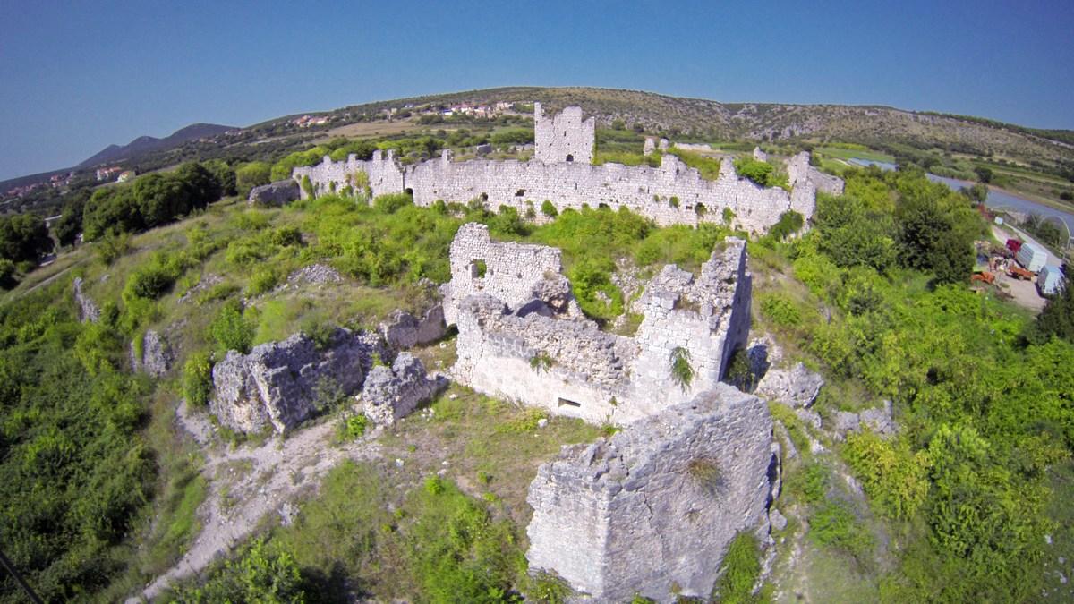 Templarska trdnjava v Vrani