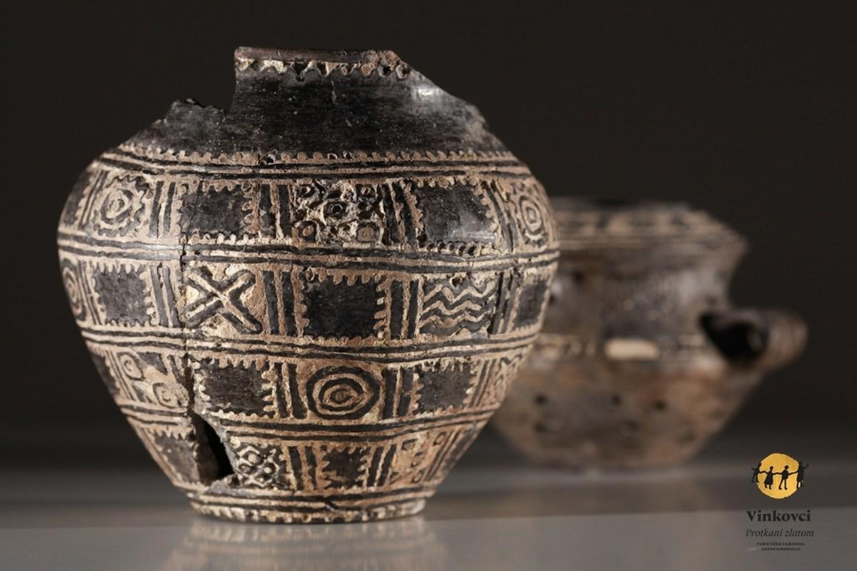 Orion - najstariji indoeuropski kalendar - izvor Turistička zajednica grada Vinkovaca