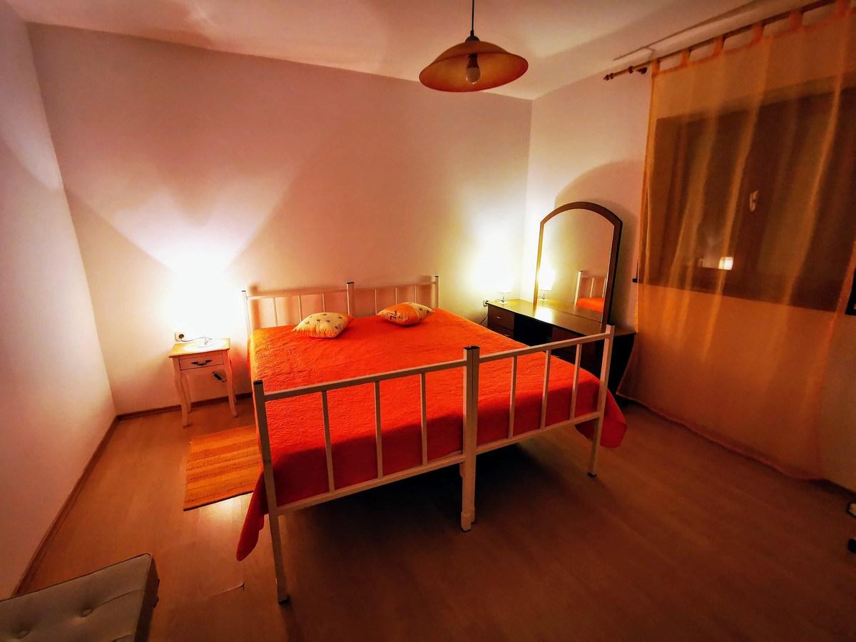 Ena izmed treh spalnic