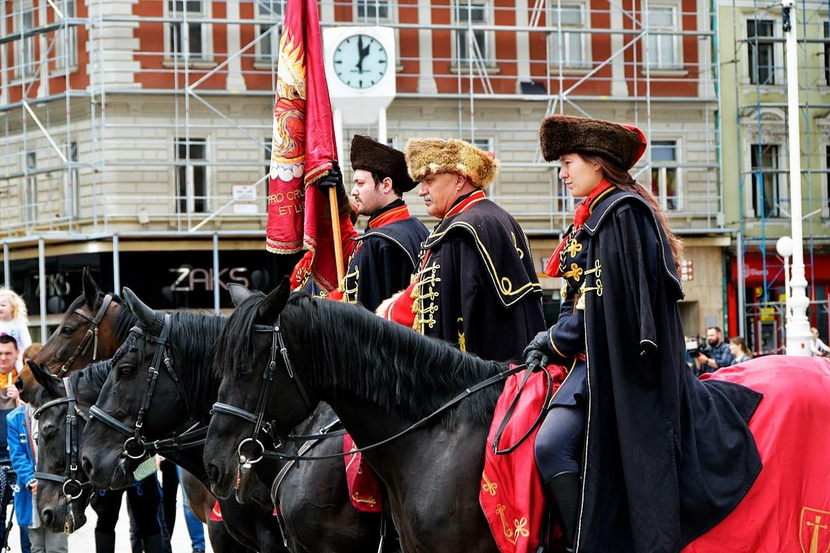 Na konjih