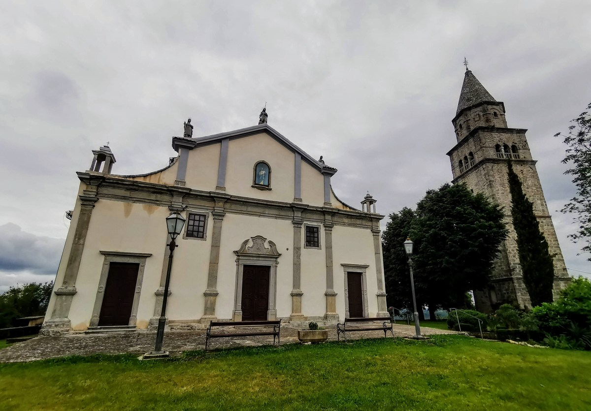 Župnijska cerkev sv. Vida